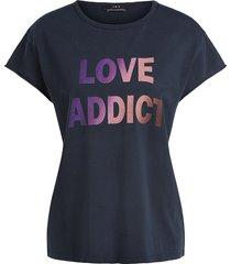 t-shirt met love addict  zwart
