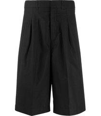 maison kitsuné large pleated bermuda shorts - black