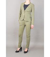 lou & max pants jille thyme green groen