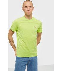 lyle & scott crew neck t-shirt t-shirts & linnen green go