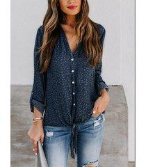 blusa de manga larga con cuello de lunares diseño classic