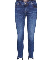 sumner step jeans