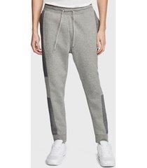 pantalón de buzo nike m nsw nike air pant flc gris - calce regular