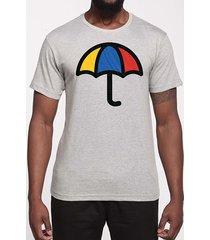 camiseta ombrelo guarda-chuva