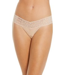 women's hanky panky mid rise modal thong with lace trim, size one size - beige