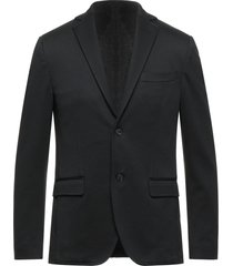 ,beaucoup suit jackets