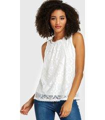 camiseta sin mangas blanca de encaje con gradas diseño