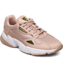 falcon w låga sneakers rosa adidas originals