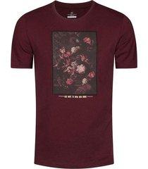 camiseta estampada slim fit para hombre 01561