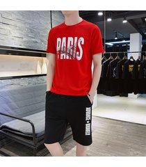 camiseta casual con estampado en color liso y cuello redondo