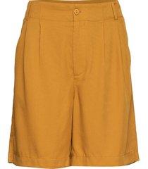 shorts w. pleats in tencel bermudashorts shorts geel coster copenhagen