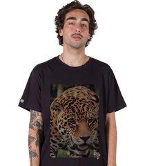 camiseta stoned big five leopardo preta - preto - masculino - algodã£o - dafiti
