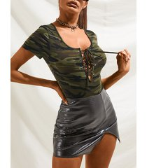 yoins basics body de manga corta de camuflaje verde militar cuello