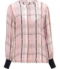 blus lr-emmy shirt