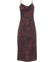 jurk lisca lima zomerse halflange jurk met dunne bandjes