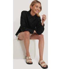 na-kd shoes chunky lädersandal med spänne - beige