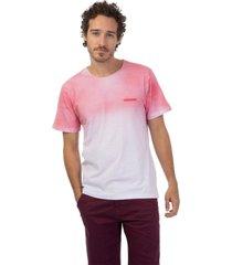 camiseta masculina degrade jateado rosa - rosa - masculino - dafiti