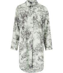 långskjorta vmelly animal oversized shirt