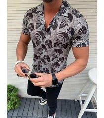 camisa bohemia de vacaciones de playa con estampado tropical de verano para hombres