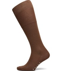 falke airport kh underwear socks regular socks brun falke