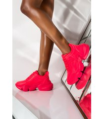 akira cape robbin hot hot chunky sneaker