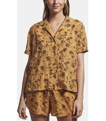 island print shirt