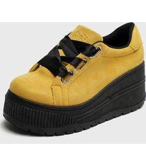 zapatilla amarillo chalada