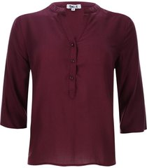 blusa unicolor color vino, talla xs