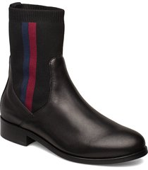 alissa 7c shoes boots ankle boots ankle boots flat heel svart tommy hilfiger