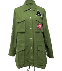 chaqueta parches broches verde nicopoly