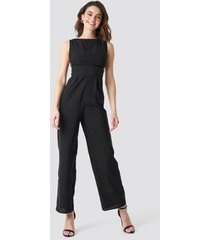 na-kd party round neck wide leg jumpsuit - black