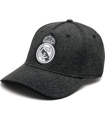 gorra gris-negro real madrid