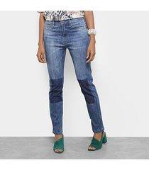 calça jeans slim carmim reta brighton basic feminina