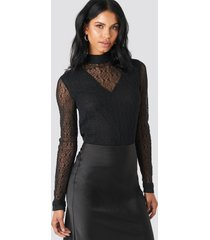 na-kd party lace high neck frill ls blouse - black