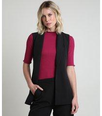 colete feminino longo alfaiatado com bolsos e faixa para amarrar preto