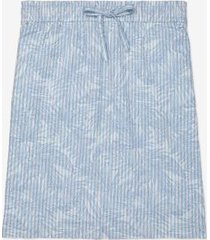 tommy hilfiger women's adaptive seersucker palm print skirt seersucker floral stripe/hydrangea blue/multi - xxl