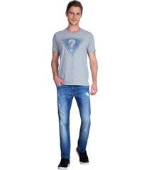 t-shirt triangle guess - cinza - masculino - dafiti