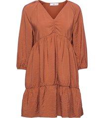 falcon knälång klänning brun mango