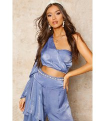 satin one shoulder puff sleeve crop top, blue