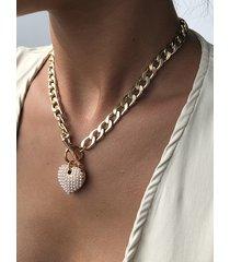 collar de cadena de clavícula con corazón de perlas doradas