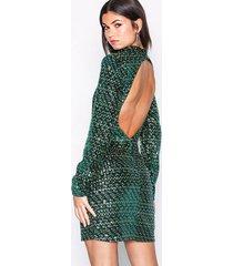nly trend flawless sequin velvet dress paljettklänningar mörk grön