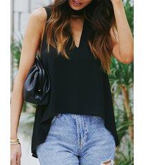 camiseta sin mangas con dobladillo alto-bajo sin mangas con corte negro