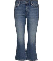 crop flare sndm jeans utsvängda blå tommy jeans