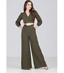 macacão pantalona mantuá