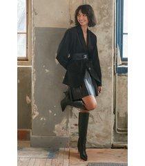 na-kd trend veckad pu-kjol - black
