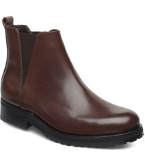 ave chelsea shoes chelsea boots brun royal republiq