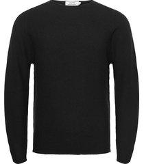 knitted crewneck gebreide trui met ronde kraag zwart ljung by marcus larsson