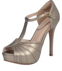 8fff6af6a Calçados - Laura Prado - Altos - 54 produtos com até 22.0% OFF - Jak&Jil