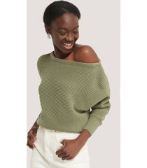 na-kd off shoulder knitted sweater - green