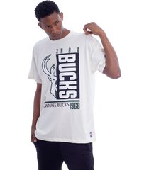 camiseta nba box wins milwaukee bucks off white - off-white - masculino - dafiti